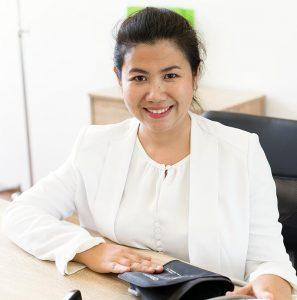 Photo of Khun Mimi the New Leaf Detox Wellness Manager on Koh Samui Thailand.