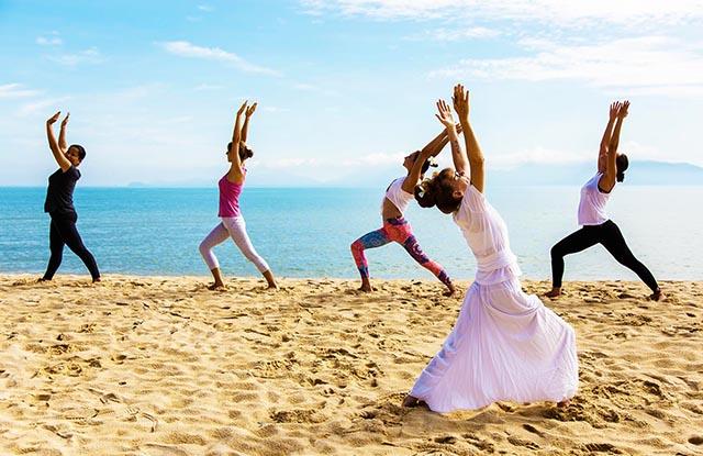 yoga beside the sea